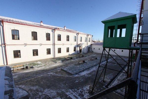 В Сибири откроют тюремный хостел с карцером и баландой. Изображение № 4.