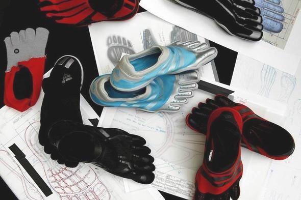 10 самых спорных моделей кроссовок 2011 года. Изображение № 20.