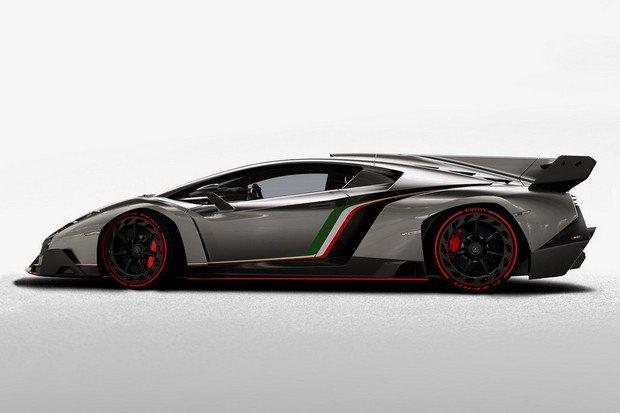 Lamborghini представили юбилейный суперкар Veneno. Изображение № 3.