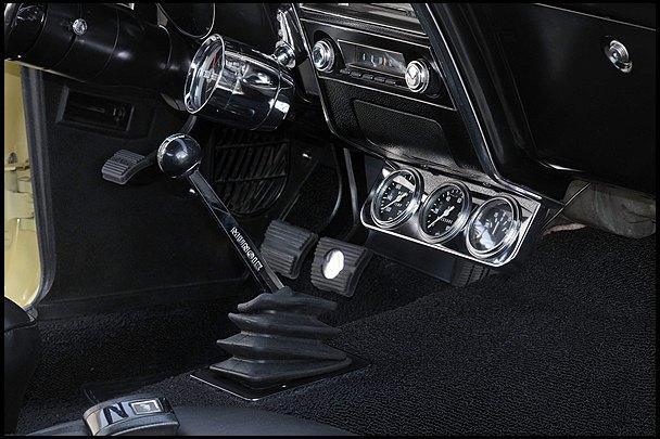 Редкий маслкар Chevrolet Yenko Super Camaro уйдет с молотка. Изображение № 6.