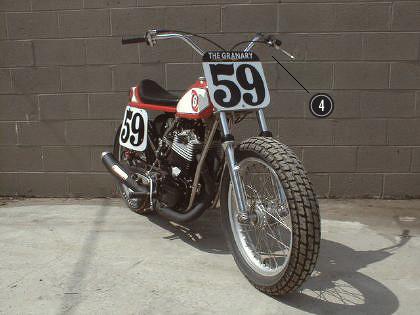 История и особенности мотоциклов для гонок по грязевому овалу —флэт-трекеров. Изображение № 13.
