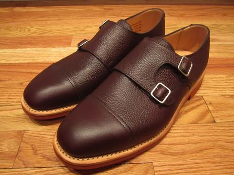 Дизайнер Марк МакНейри выпустил весеннюю коллекцию обуви. Изображение № 2.