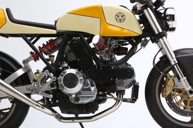 Мастерская Walt Siegl представила новый каферейсер на базе Ducati Monster 900. Изображение № 5.