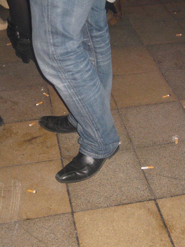 Jeans and Sheuxsss: Еженедельные обзоры худших сочетаний обуви и джинсов. Изображение № 3.