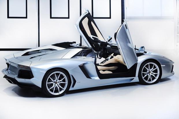 Lamborghini представили новый суперкар Aventador LP700-4 Roadster . Изображение № 8.