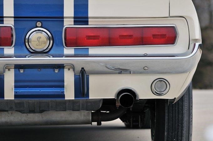 В США на аукционе продали самый дорогой Ford Mustang. Изображение № 18.