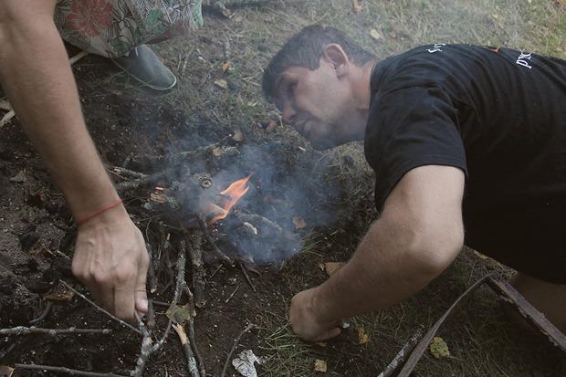 Михаил помогал с костром. Изображение № 30.