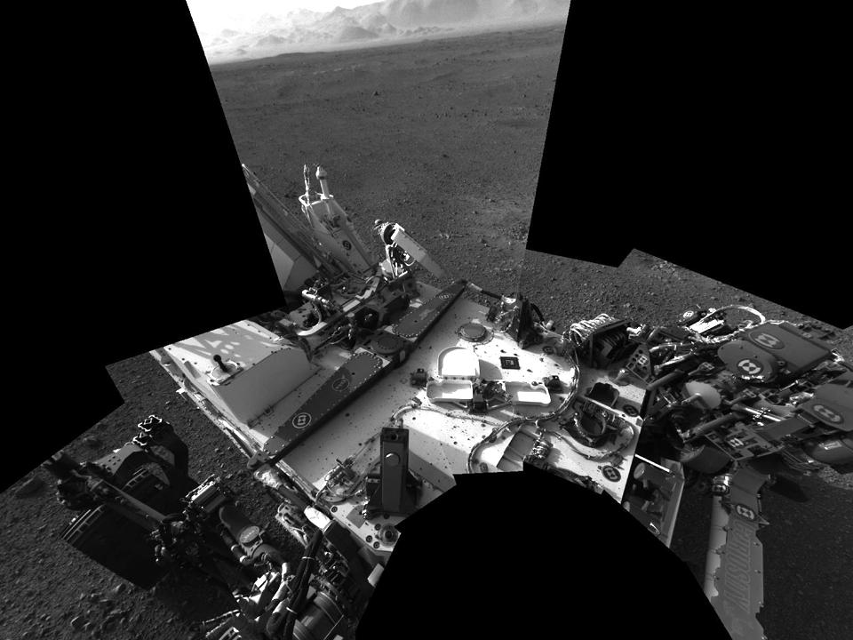 10 фотографий с марсохода Curiosity и поверхности Красной планеты. Изображение №3.