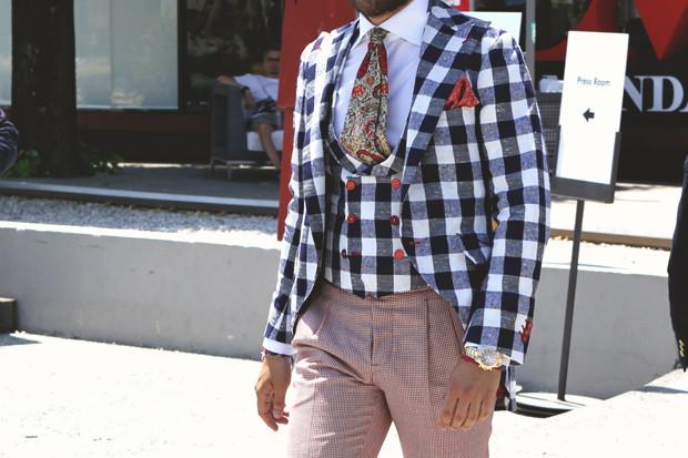 Детали: Репортаж с выставки мужской одежды Pitti Uomo. День первый. Изображение № 18.