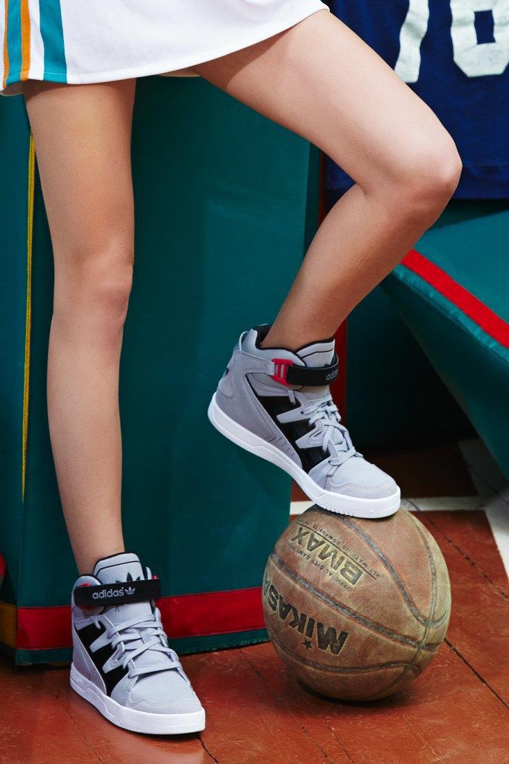 Добейся успеха: Чирлидерши тестируют кроссовки. Изображение № 10.