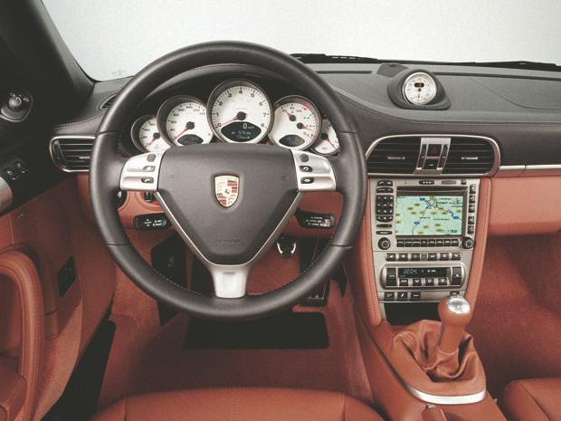 Новый Porsche 911 и эволюция его предшественников. Изображение № 30.
