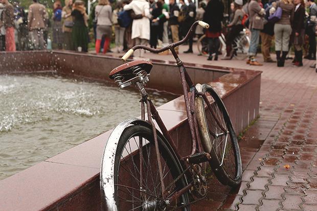 Детали: Репортаж с велозаезда Tweed Ride Moscow. Изображение №56.