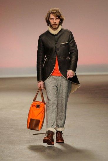 Марка Oliver Spencer представила осеннюю коллекцию одежды. Изображение № 1.