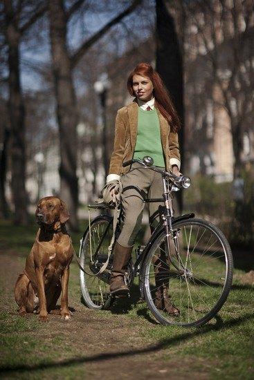 Организаторы велозаезда Tweed Ride Moscow опубликовали тематический лукбук. Изображение № 3.