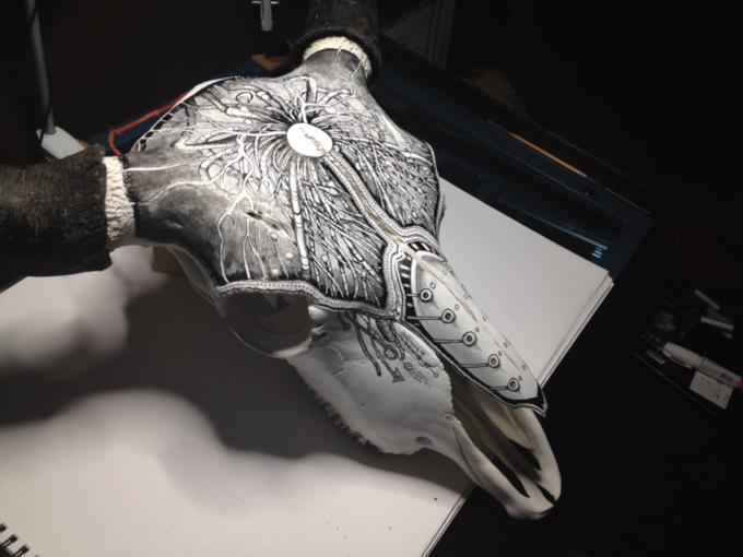 Питер Дроус: Пирография на черепах диких зверей. Изображение № 13.