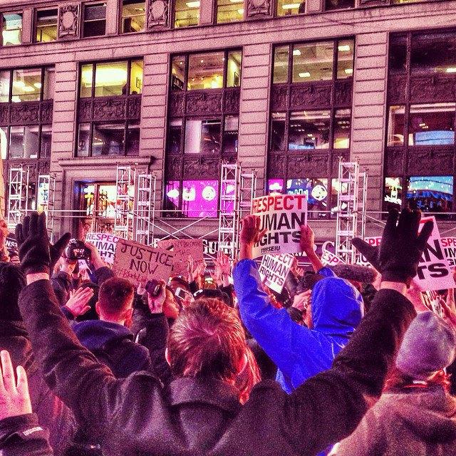 Как смерть Эрика Гарнера послужила началом протестов в Нью-Йорке . Изображение № 4.