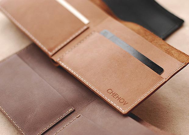 Московская марка бабочек и галстуков Chehov выпустила коллекцию кожаных изделий. Изображение № 5.