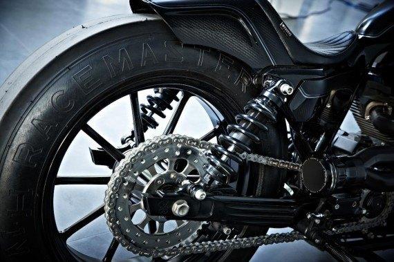 Мастерская  Rough Crafts представила кастомный мотоцикл на базе Harley-Davidson. Изображение № 11.
