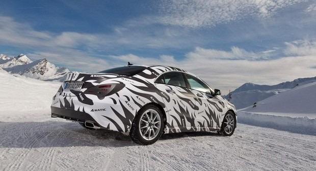 Mercedes показали новый закамуфлированный спортивный седан. Изображение № 3.