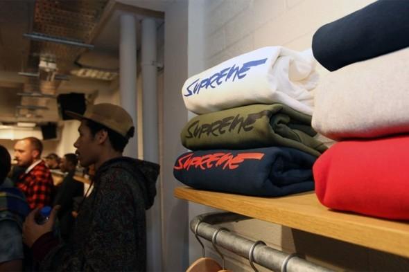 Две новые коллекции обуви Supreme и открытие магазина в Лондоне. Изображение № 3.