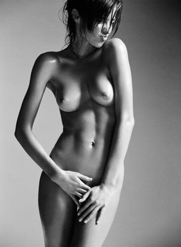 Модель Миранда Керр снялась у фотографа Лорен Дармон. Изображение № 3.