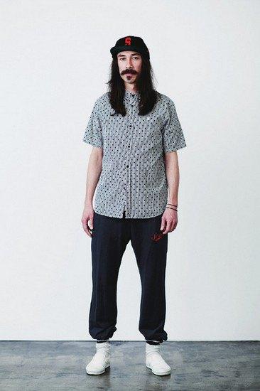 Марка Stussy опубликовала лукбук весенней коллекции одежды. Изображение № 1.