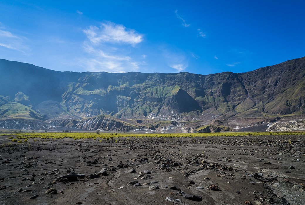 Тамбора, великий и ужасный: Как мы спустились на парапланах в кратер действующего вулкана. Изображение № 18.