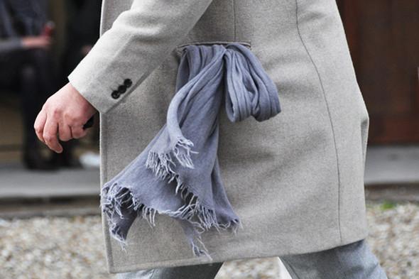 Изображение 42. Шарфы, клатчи, клетчатые пиджаки и подвернутые джинсы.. Изображение № 30.