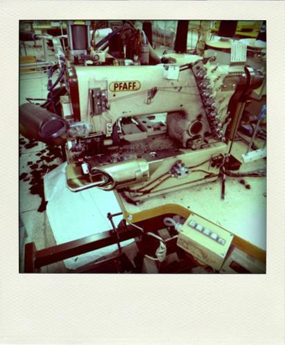Фотографии с фабрики, где производятся вещи Grunge John Orchestra. Explosion. Изображение № 18.