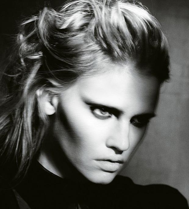 Модель Лара Стоун снялась у фотографа Паоло Роверси. Изображение № 2.