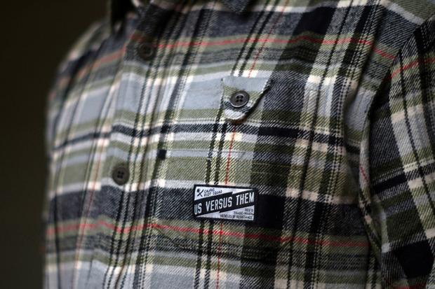 Марка Us Versus Them опубликовала лукбук новой коллекции одежды своей линейки Holiday. Изображение № 17.