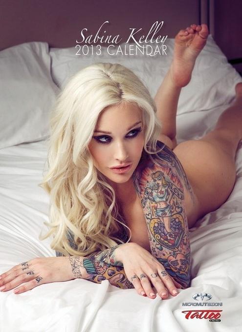 10 эротических календарей на 2013 год. Изображение № 114.