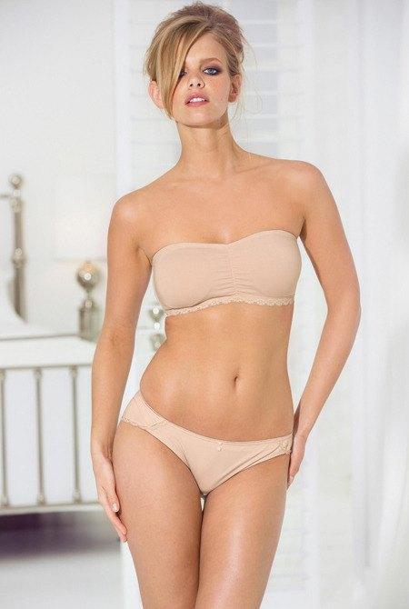 Голландская модель Марло Хорст снялась в рекламе нижнего белья Next. Изображение № 8.