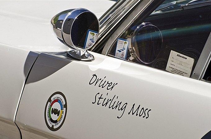 Маслкар Shelby GT350 автогонщика Стирлинга Мосса выставлен на аукцион. Изображение № 4.