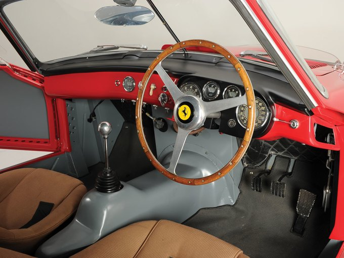 Раритетный Ferrari 340/375 MM Berlinetta продали за 10 миллионов евро. Изображение № 7.