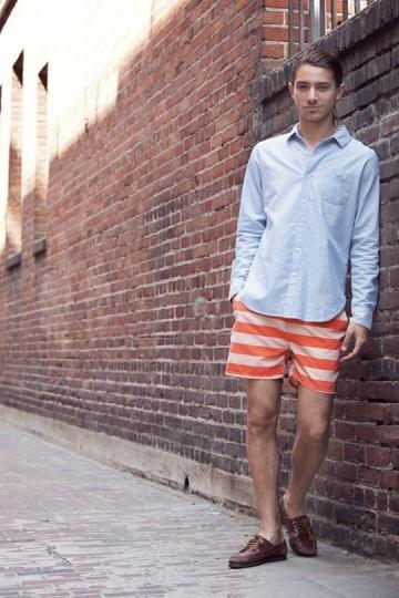 Марка Obey выпустила лукбук весенней коллекции одежды. Изображение № 24.