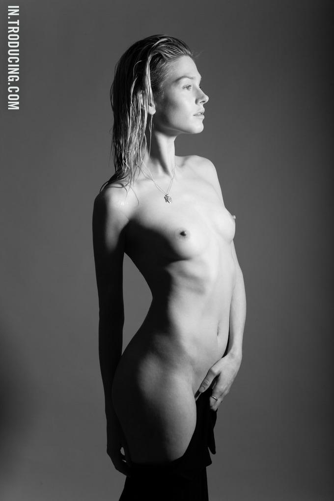 Норвежская модель София Лай снялась у фотографа Алекса Фрейда. Изображение № 10.