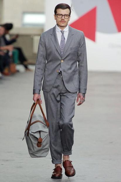 Марка Oliver Spencer выпустила летнюю коллекцию одежды. Изображение № 10.