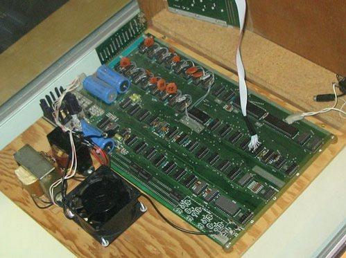 Первый компьютер Apple продали на аукционе за рекордную сумму. Изображение № 4.