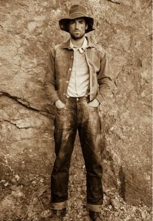 Марка Levi's Vintage Clothing опубликовала лукбук весенней коллекции одежды. Изображение № 11.