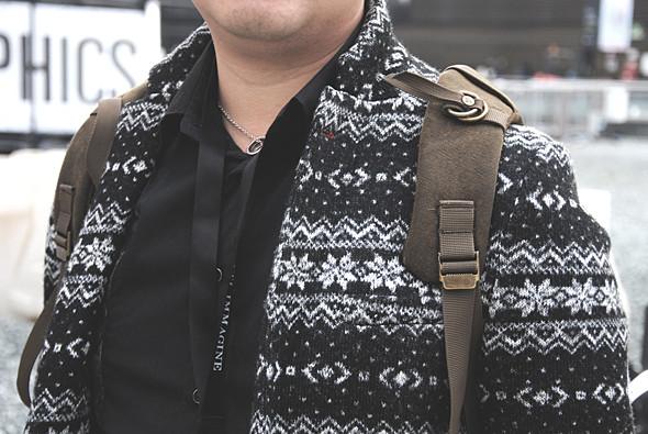 Детали: Репортаж с выставки мужской одежды Pitti Uomo. День третий. Изображение № 5.