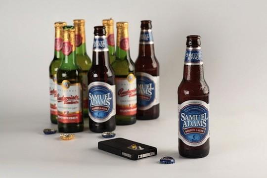 Студия Spicebox выпустила чехол для iPhone 4 с открывашкой для пива. Изображение № 8.