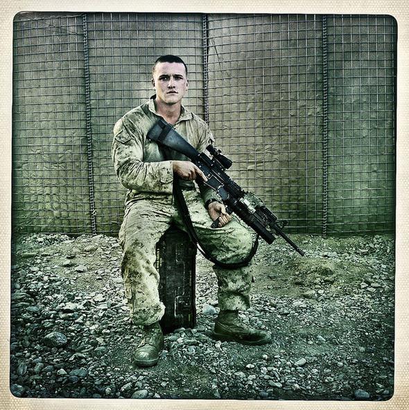 Изображение 6. Войну в Афганистане сняли на iPhone.. Изображение № 7.