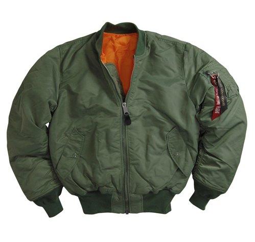 Бомберы и куртки пилотов: Кто их придумал и как их носить. Изображение № 10.