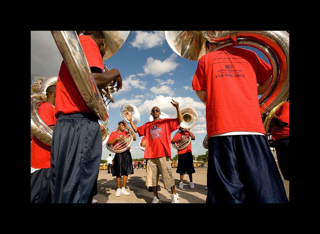 Труба зовёт: Как соревнуются школьные музыкальные оркестры в США. Изображение № 2.