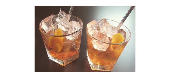 Изображение 8. Коктейль: Old Fashioned.. Изображение № 1.