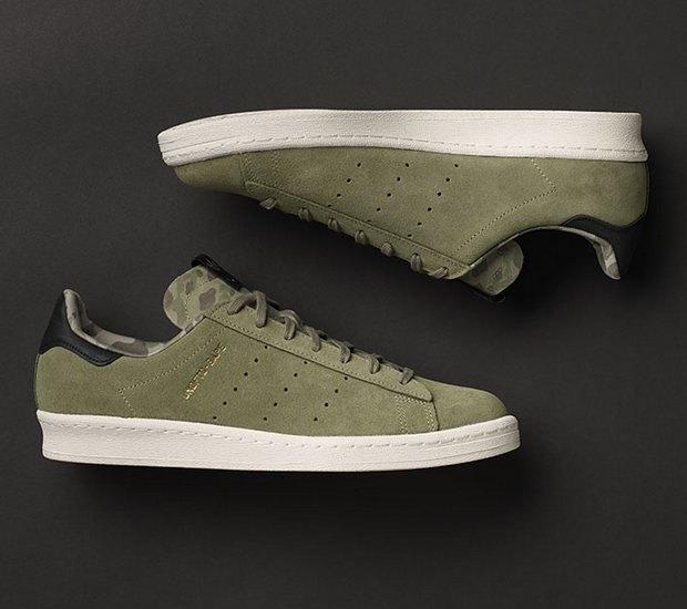 Марки A Bathing Ape, Undefeated и Adidas Originals представили совместную коллекцию кроссовок. Изображение № 8.