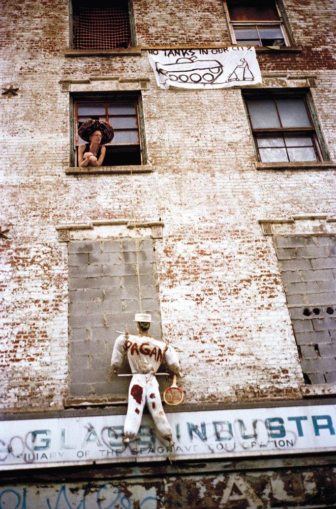 Жизнь нью-йоркских сквотеров в фотопроекте Эш Тэйер. Изображение № 4.