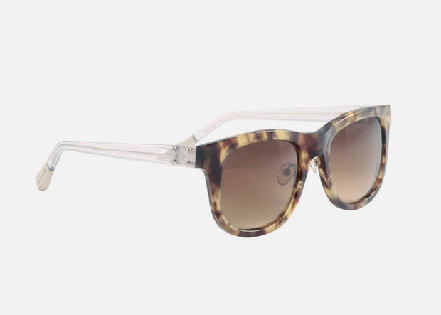 Дизайнер Крис Ван Аш выпустил летнюю коллекцию солнцезащитных очков. Изображение № 1.