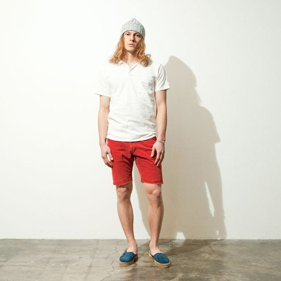 Марка Nonnative опубликовала лукбук летней коллекции одежды. Изображение № 14.